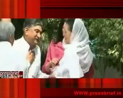 Sonia Gandhi sends chadar for Ajmer sharif on the eve of Urs,14th June 2010