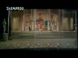 Chalte chalte, chalte chalte video song from the movie PAKEEZAH