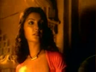 Baahon mein chale aao remix video song