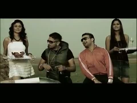 Chaska Song - Raja Baath feat Honey Singh
