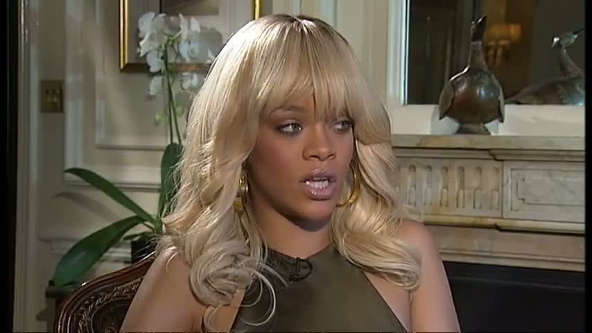 Rihanna reveals being famous and single is tough video