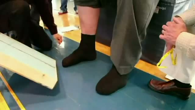 America's tallest man gets new size 21 shoes