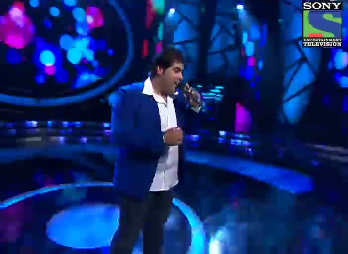 INDIAN IDOL SEASON 6 - EPISODE 16 - BEST PERFORMANCES - VIPUL MEHTA SINGING 'PYAR DEEWANA HOTA HAI MASTANA HOTA HAI' - 21ST JULY 2012