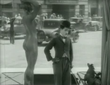 Charlie Chaplin And Elevator - City Lights (High Quality)