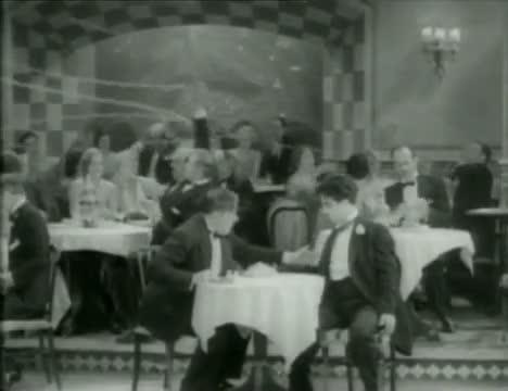 Charlie Chaplin Drunk - City Lights (High Quality)
