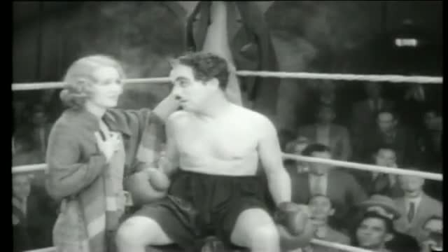 Charlie Chaplin boxing - City Lights (High Definition)