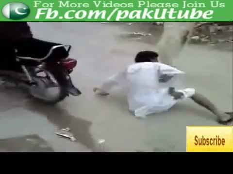 Funny Pakistani Lolz On Bike