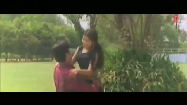 Dar Lagela Kahin Loot Na Jayi [ Bhojpuri Video Song ] - From Movie Maai Jaisan Bhauji Hamaar