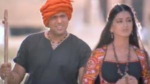 Govinda, Sonali Bendre Romantic Comedy Scene - Jis Desh Mein Ganga Rehta Hai