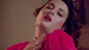 Na Do Humko Iljaam Ke Hum Peete Hain - Hindi Movie Song - Begunaah (1991) - Farha Naaz, Rajesh Khanna