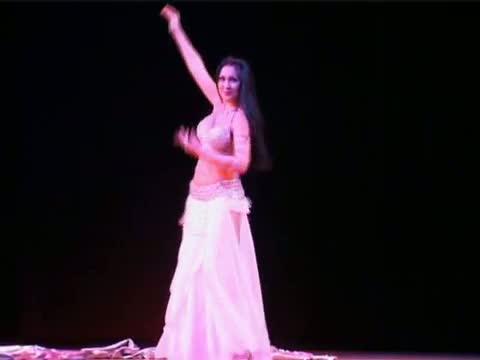 Aliya Kurbanova: Russian Belly Dancer