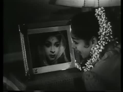 Karke Pyar Pyar Pyar - Romantic Hindi Song - Mujrim - Shammi Kapoor, Ragini (Old is Gold)