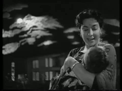 Chanda Re Chanda Re - Old Hindi Superhit Lullaby - Lajwanti - Nargis Dutt