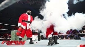 Good Santa vs. Bad Santa - The Battle for Christmas: WWE Raw, Dec. 23, 2013