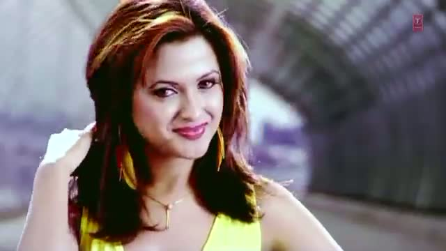 Bari Barsi Khatan Gaya Si - Aare Aare (Medley) Full Video Song - Kajra Nite Remix