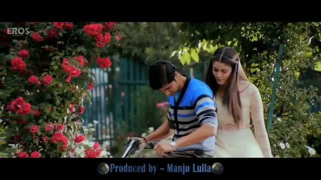 It's love at first sight - Purani Jeans (Dialogue Promo 1)