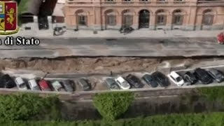 Raw: Aerials of Sinkhole in Florence