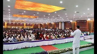 Congress President Rahul Gandhi interacts with students in Kurnool, Andhra Pradesh