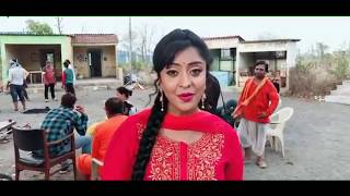 Shubhi Sharma Say Some Special Line For Dinesh Lal Yadav And Her Team
