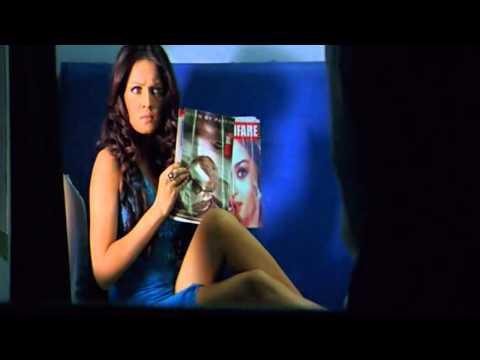 Ritesh Deshmukh Flirting With Celina Jaitley - Apna Sapna Money Money - Bollywood Movie Comedy Scene