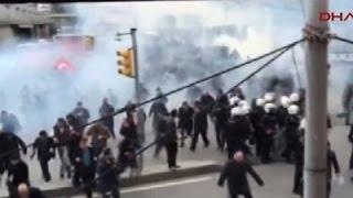 Raw: Newspaper Seizure Protested in Turkey