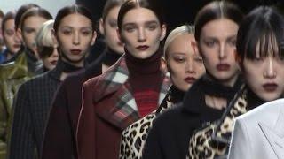 It's All Elegance With Bottega Veneta News Video