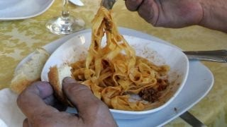 New bill would require NYC restaurants to post carb warnings