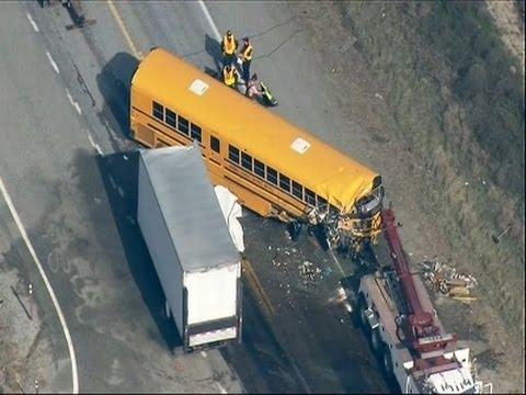 Raw- Deadly Washington School Bus Crash News Video