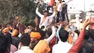 Yogi Adityanath's supporters rejoice outside Gorakhnath Temple