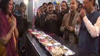 500 poor people to get food in Maa Rasoi Ghar at only 10 INR  in Farrukhabad