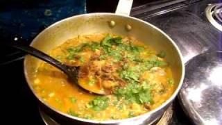 How to make Mushroom Matar (Mushroom Curry)