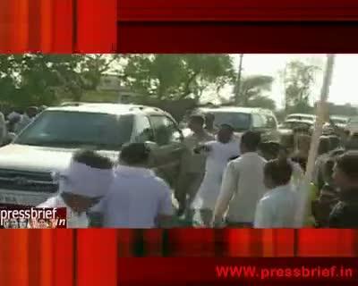 Rahul Gandhi on a local area visit (Raebareli),17th May 2010