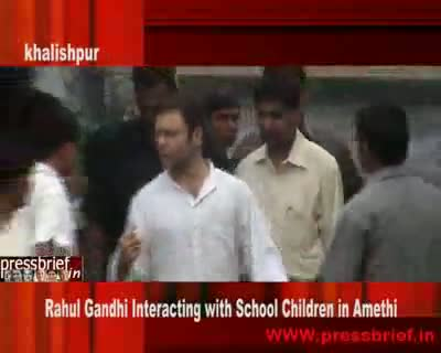Rahul Gandhi with School Children, 17th Aug 2009