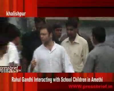 Rahul Gandhi with School Children, 17th Aug 2009