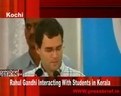 Rahul Gandhi Interacting With Students in Kerala 7 Oct 09