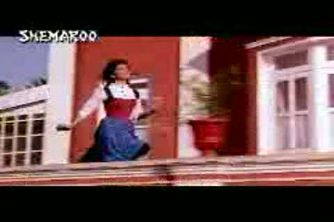 Mujhe Neend Na Aaye Video Song from the Bollywood movie DIL