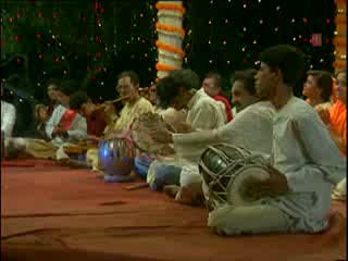Shree Bake Bihari Lal Mann Rakhiyo Apne Charnan Mein Video Song - Lakhbir Singh Lakha