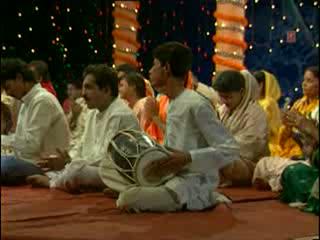 Madan Gopla Kankariya Se Matki Fodi Video Song - Arey Dwarpalo (Lakhbir Singh Lakha)