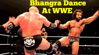 WWE Live in India- Triple H Does Bhangra with Jinder Mahal after Fight