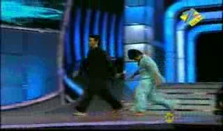 Dharmesh Sir and Ruturaj hip hop and free style dance act on ye tera zikra hai 13th may 2011 Dance Ke Superstars
