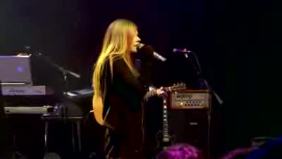 Avril Lavigne New York's Hit Music Station LIVE
