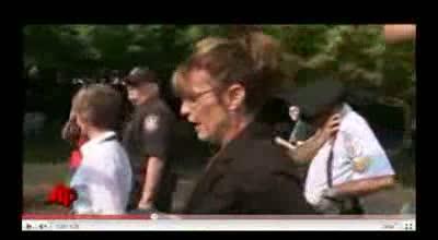 Sarah Palin Wearing Star of David...Offensive Pandering Stupid video