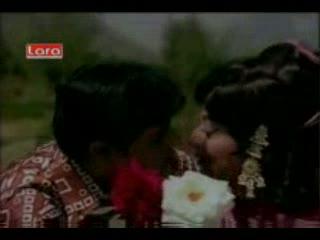 Saare Zamaane Pe video song from the movie aap aaye bahaar aayi