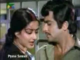 teraa saath hain toh, muje kya kami hain video song from the movie Pyaasa Sawan