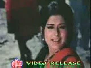 Mehngai Mar Gayi video song from the movie Roti Kapada Aur Makaan