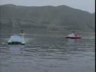 Milti Hai Zindagi Mein video song from the movie Aankhen
