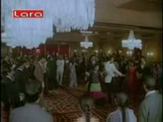 Tu is tarah se meri zindagi mein shaamil hai video song from the movie Aap to aise na the
