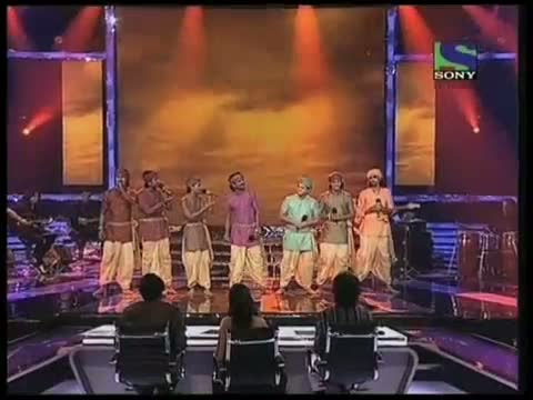 Deewana Group's cracking performance on Mitwa- X Factor India - Episode-17 (9th-Jul-2011)