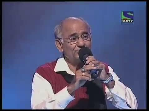 Kartar Singh attempts a hit from KK -- Haan Tu Hai- X Factor India - Episode-17 (9th-July-2011)