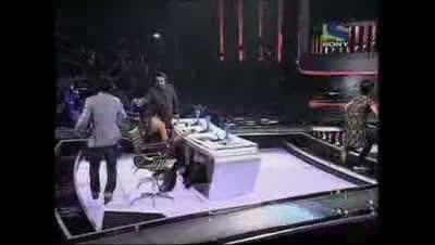 Seema Jha expressively sings Mausam Ki Adla Badli- X Factor India - Episode 21 (23rd Jul )2011